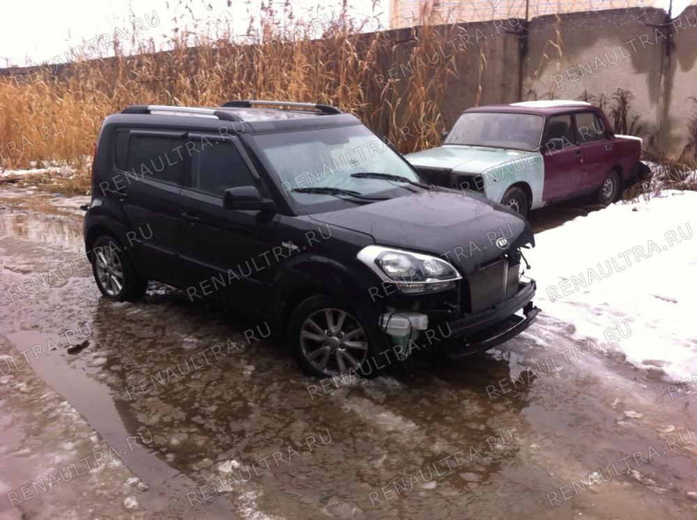 Kia Soul. 2013 г.в. / Удар в переднюю левую часть. / СТО Р-Кузов / до ремонта
