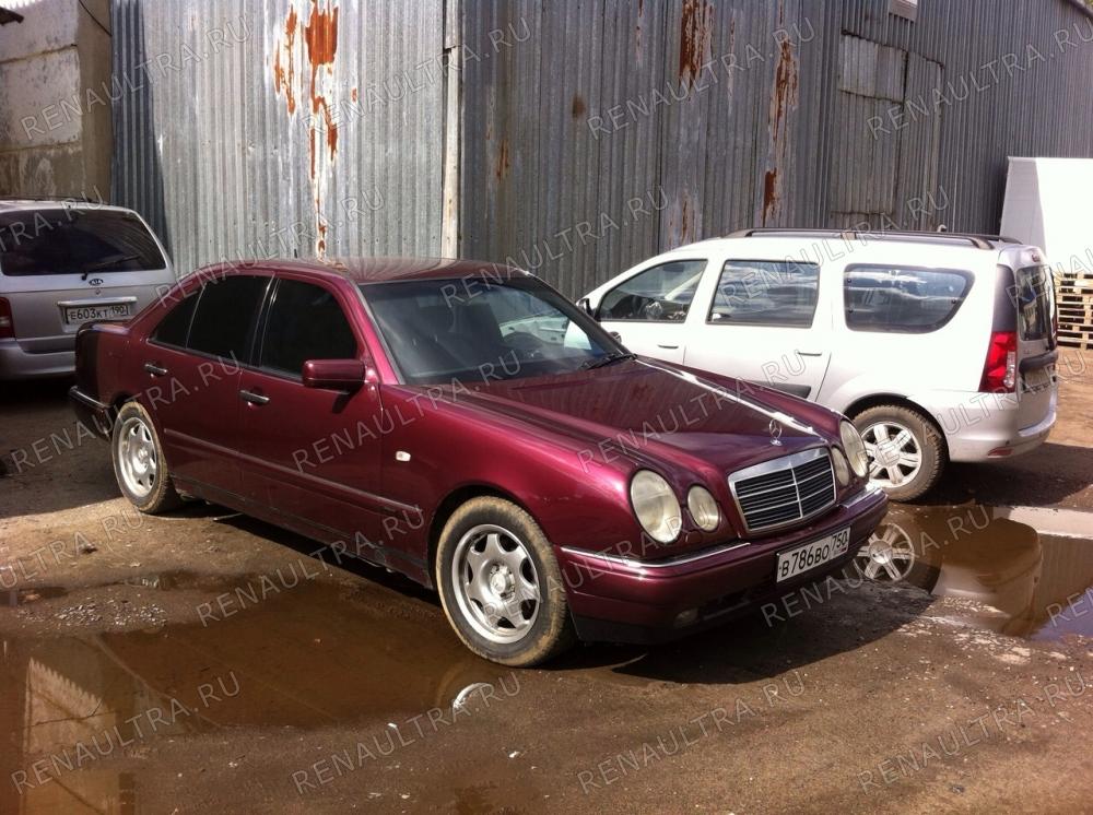 Mercedes E320 W210. 1998 г.в. / Замена порогов, покраска автомобиля кроме крыши. / СТО Р-Кузов / после ремонта