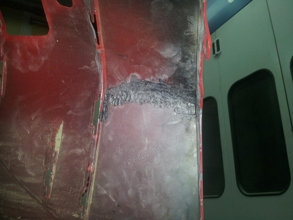 Renault Megane II / Ремонт переднего и заднего бамперов, покраска бамперов и молдингов кузова. / СТО Р-Кузов / ремонт