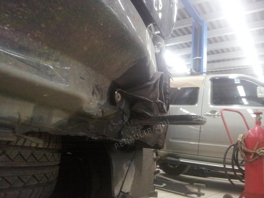 RENAULT SANDERO / Удар в заднюю правую часть автомобиля / СТО Р-Кузов / до ремонта